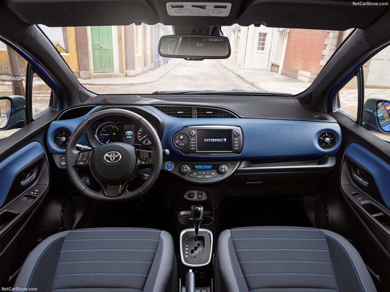Toyota-Yaris-2017-1280-11